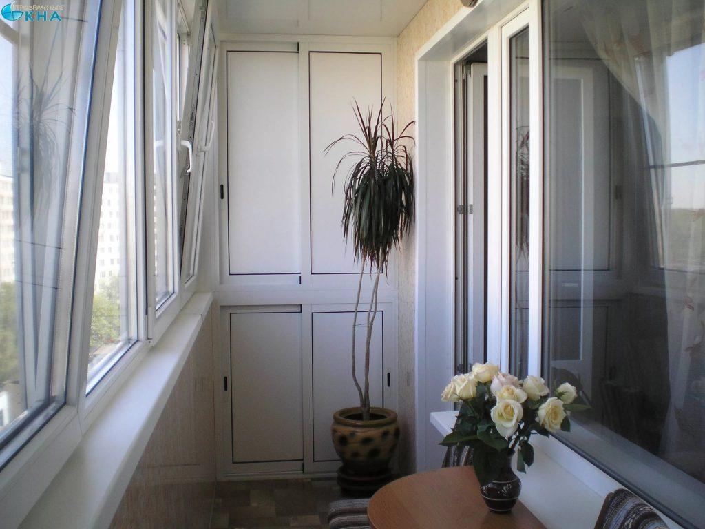 Мебель при остеклении лоджий и балконов.